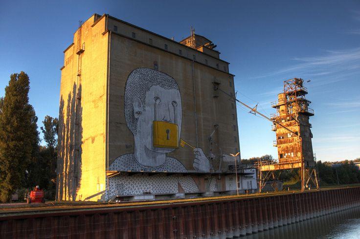 Artist: Blu  Location: Vienna, Albener Hafen