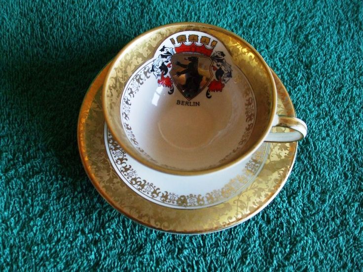 Germany Cup & Saucer Kronach Bavaria Emblem BERLIN Gold very rare