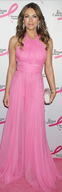 Who made Elizabeth Hurleys pink halter gown that she wore in New York on April 28, 2014?