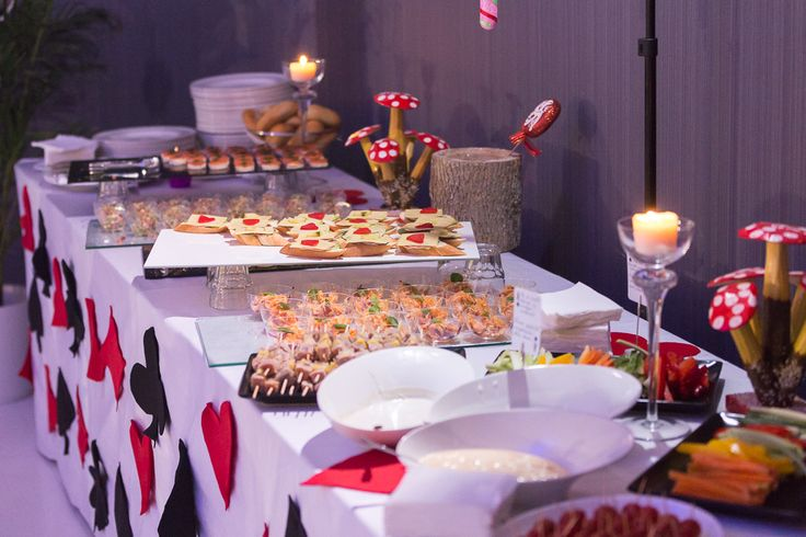 #wonderland #party #food #decorations