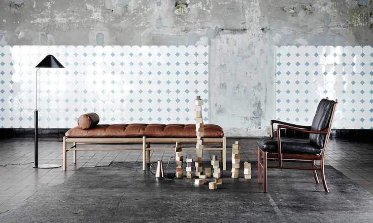 OW150 Daybed and OW149 Colonial Chair by Ole Wanscher. Pefect matching.  Danish Interior Design Budapest