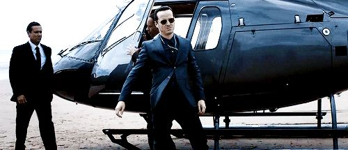 "Moriarty dancing to Queen upon arrival at Sherrinford <3 ~ Andrew Scott on BBC Sherlock 4.3 ""The Final Problem"""