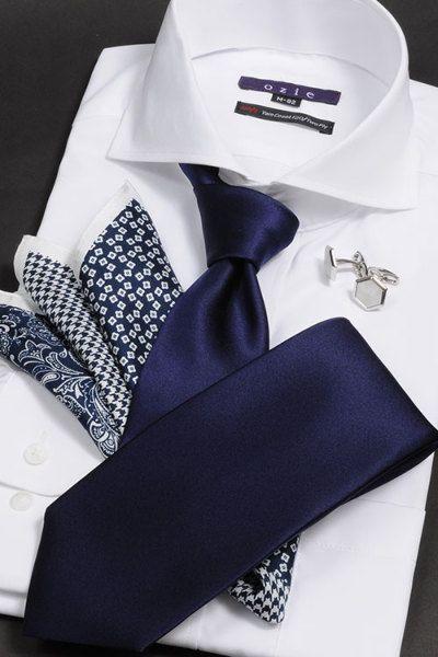 ネイビーソリッドタイ #mens #shirtstyle #shirt coordinate #mensfashion #dress shirt #Tie #necktie #メンズファッション #コーディネート #ワイシャツ #ネクタイ