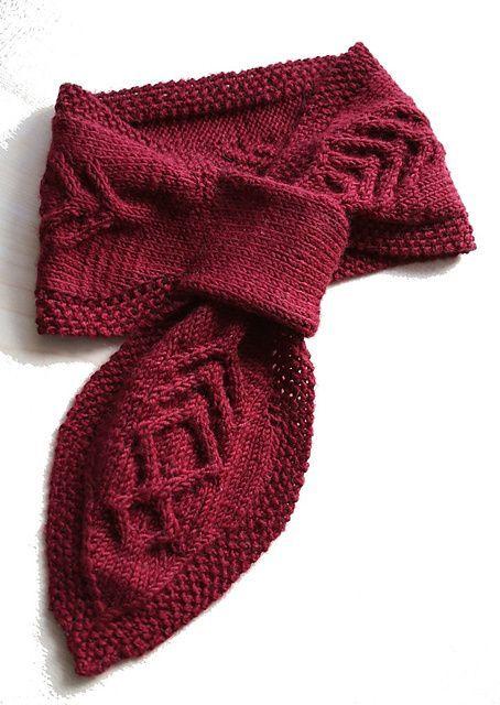 Neckwarmer : Scarf Free Knitting Pattern