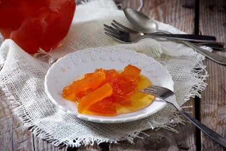 Γεμίζουμε βάζα με σπιτικό γλυκό κολοκύθι με μια παραδοσιακή συνταγή από τη Λήμνο.
