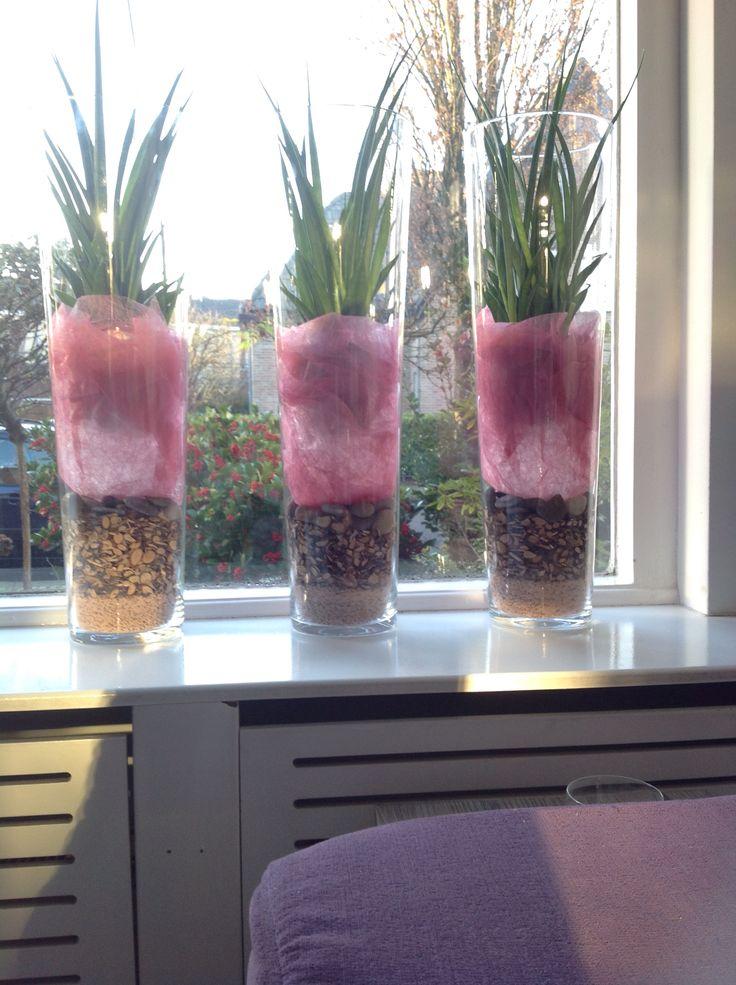 20 beste idee n over hoge vazen op pinterest hoge vaas pronkstukken kersenbloesem boeket en - Voorbeeld van decoratie ...