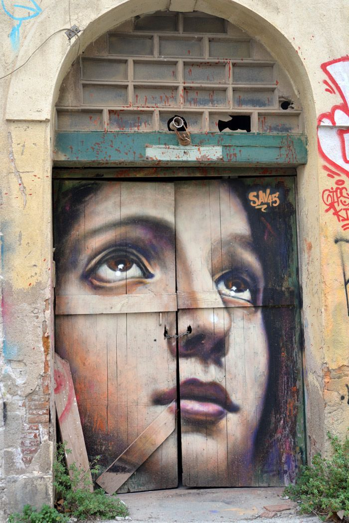 Street art in Poblenou area, in Barcelona ... check out more on my blogpost http://atasteofmylife.fr