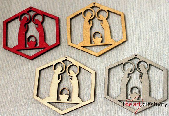 Addobbo in legno dipinto a mano.  http://www.theartcreativity.com/