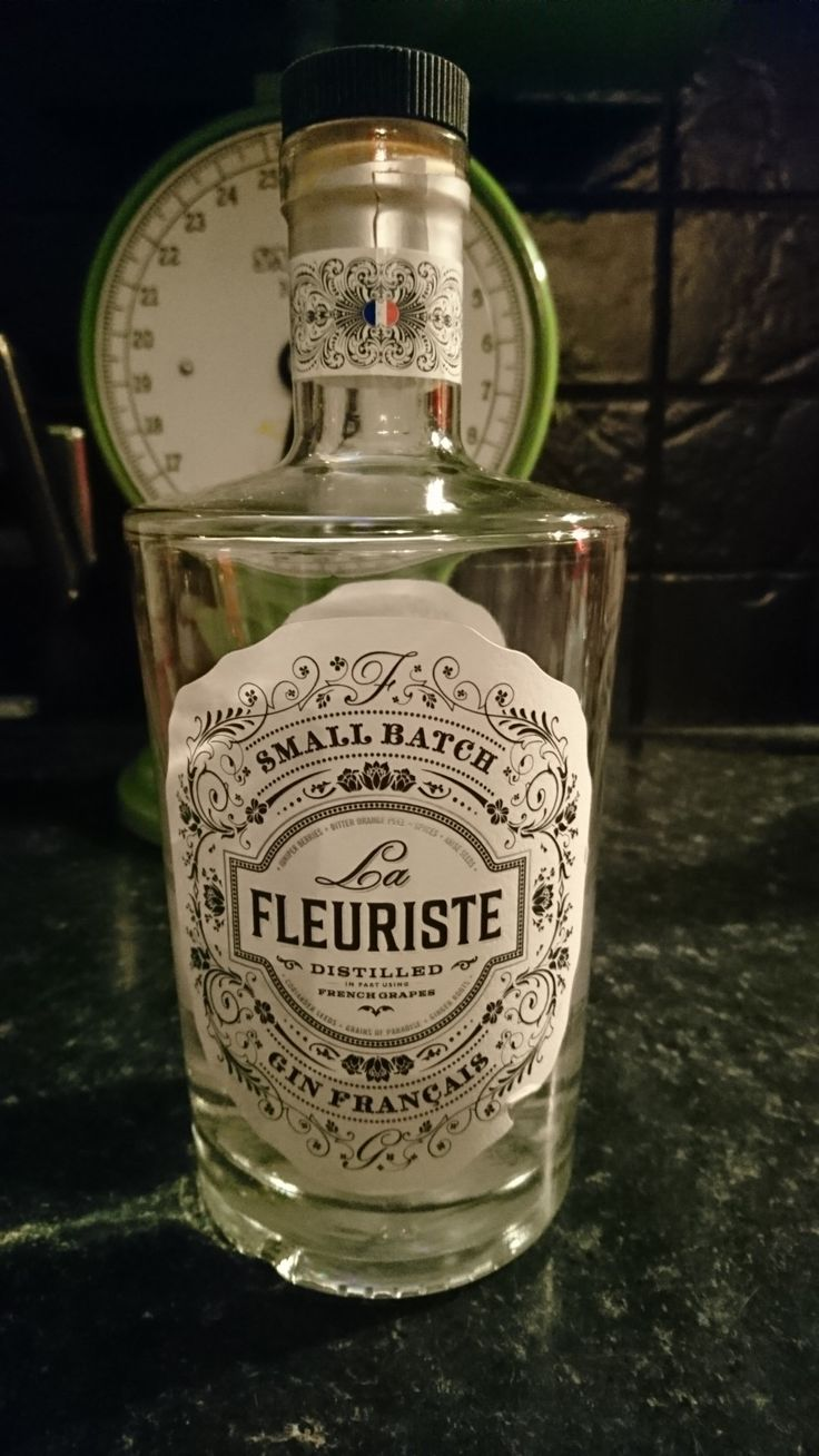 La Fleuriste Gin Francais sold by Aldi. Distilled in part using French Grapes