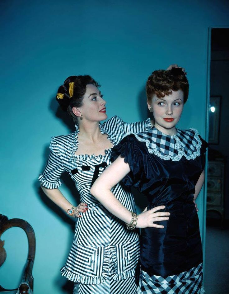 Joan Crawford fixes Joan Leslie's hair color photo print ad movie stars 40s dress black plaid satin taffeta ribbon