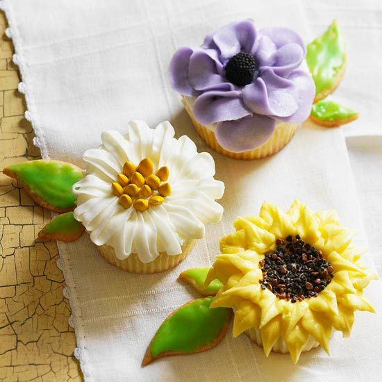 Violet, Daisy, and Sunflower Cupcakes