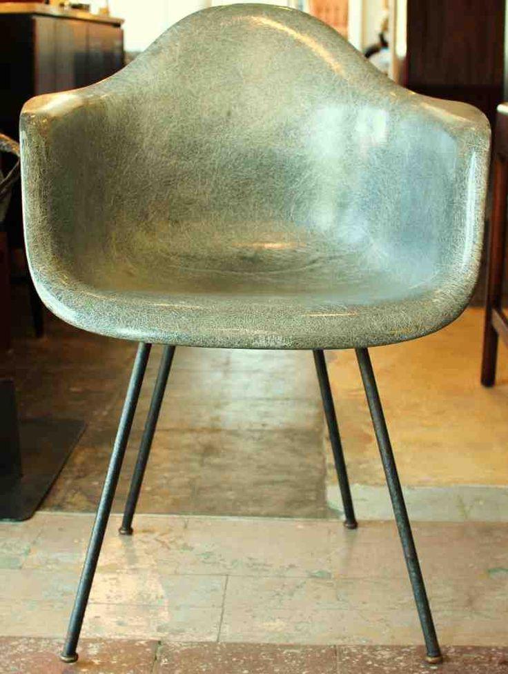 7 besten eames ea 217 bilder auf pinterest b ros for Pop furniture eames erfahrung