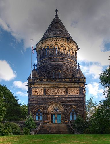 Garfield Mausoleum at the Lake View Cemetery | Community Post: 15 Beautiful Buildings In Cleveland, OH