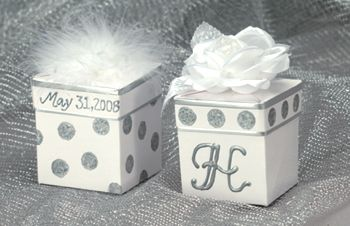 White and Silver Wedding Favors