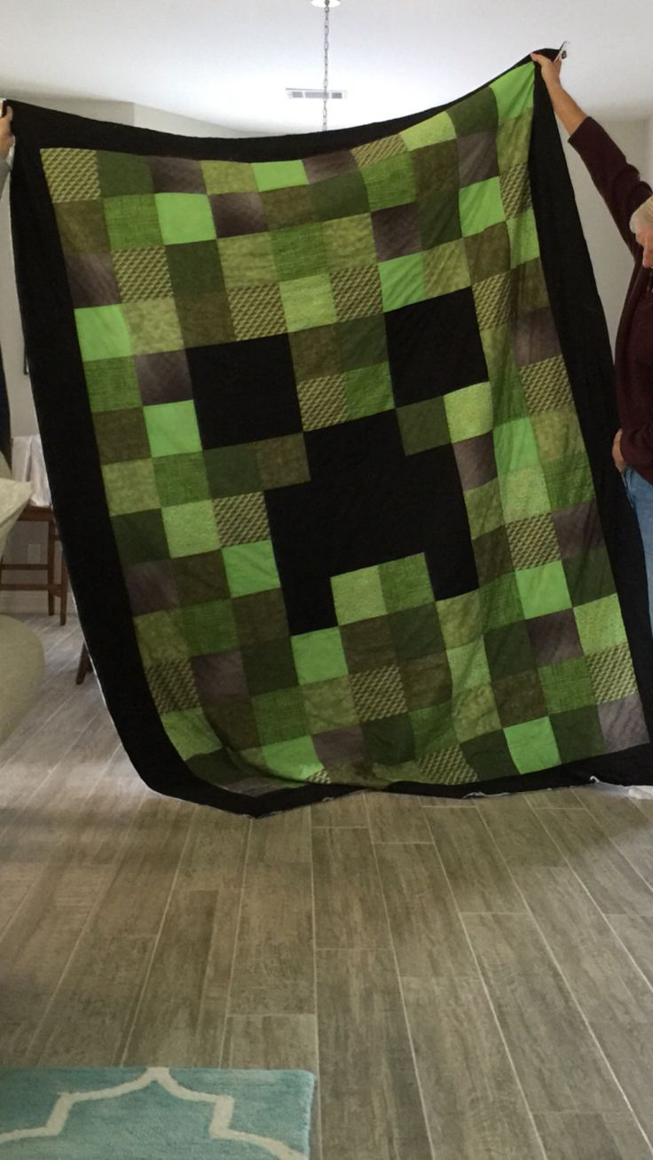 Awesome Minecraft quilt by Pat