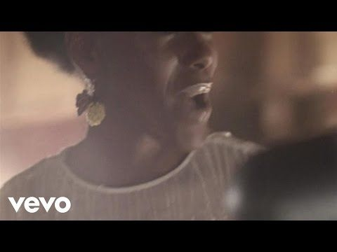Noisettes - Never Forget You - YouTube = Music video by Noisettes performing Never Forget You.