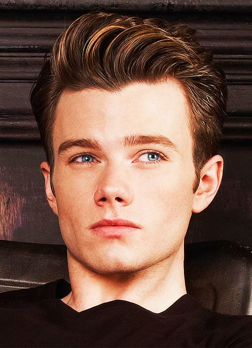 Chris Colfer, one fmy fav auhors! :D