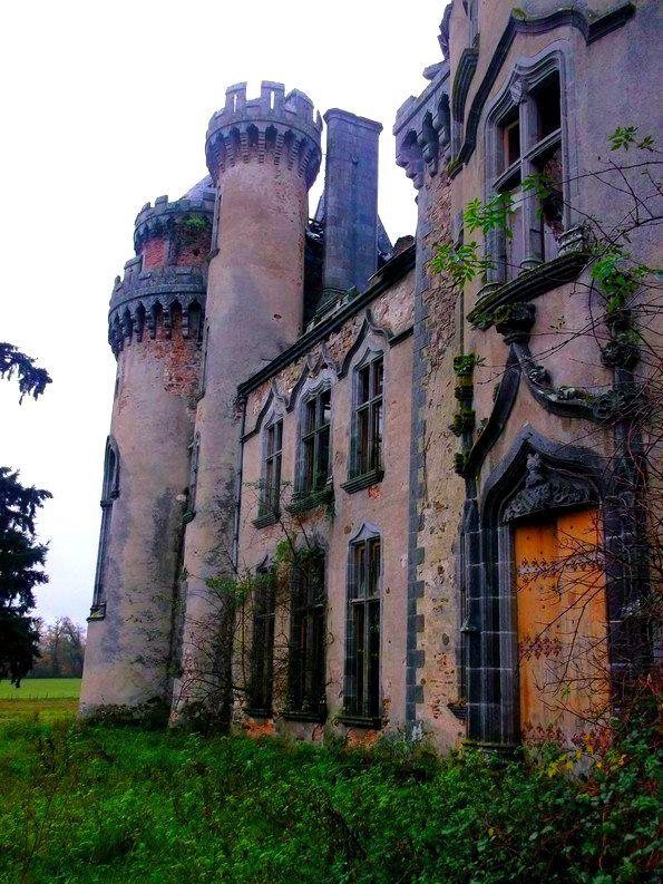 Abandoned-France, Chateau de Bagnac, Revisited