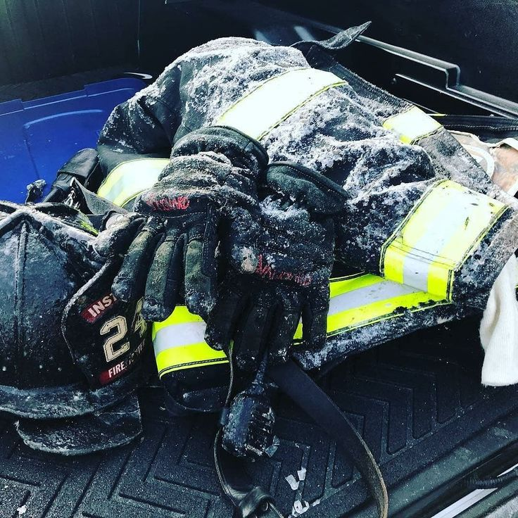 FEATURED POST @jumpseatviews - Enough cold. Like fires. Hate cold. . . ___Want to be featured? _____ Use #chiefmiller in your post ... http://ift.tt/2aftxS9 . . CHECK OUT! Facebook- chiefmiller1 Periscope -chief_miller Tumblr- chief-miller Twitter - chief_miller YouTube- chief miller . . #firetruck #firedepartment #fireman #firefighters #ems #kcco #brotherhood #firefighting #paramedic #firehouse #rescue #firedept #workingfire #feuerwehr #brandweer #pompier #medic #retten #firefighter…