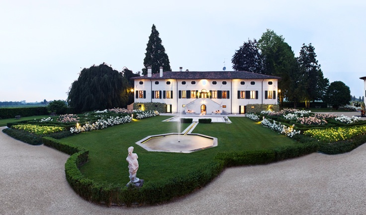 Borgo dei conti della Torre: Pocket guide to luxury hotel for Summer Vacation in Italy 2013