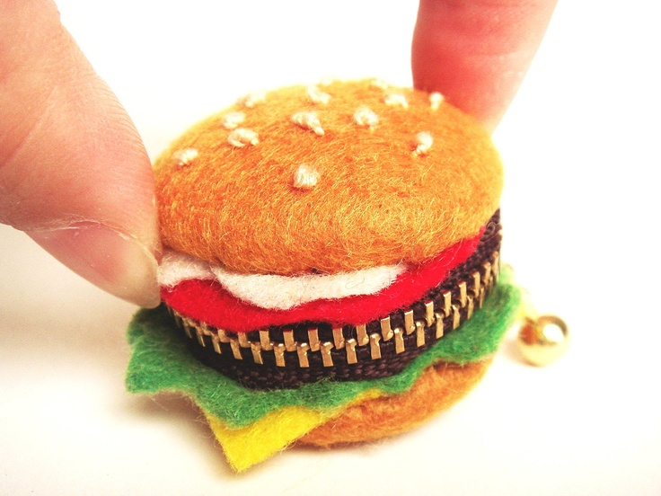 Felt Hamburger shaped Macaron coin case. €10.00, via Etsy.