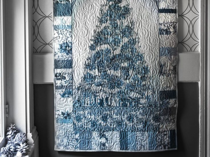 Home for the Holidays Christmas is Coming! Blue Quilt Kit
