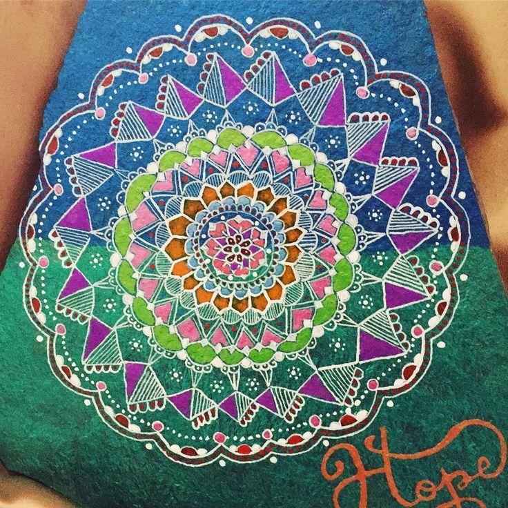 """6 Likes, 1 Comments - Sandra Suazo (@stonesbysandra) on Instagram: """"#stonepainting #stonepaint #mandala #mandalaslovers #rockpainting #inkdrawing #ink #love #hope"""""""