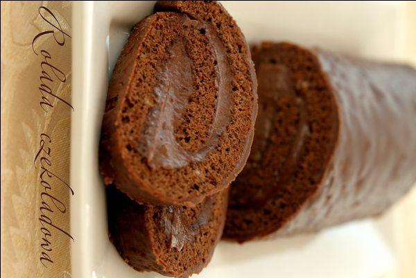 Rolada czekoladowa z kremem z nutelli