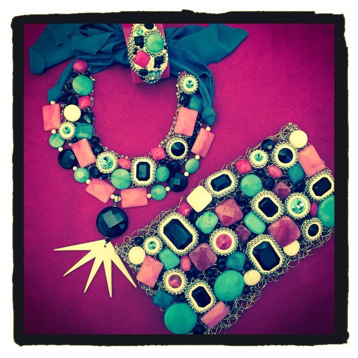 Happy Colours!!! #handmade, #crochetmania, #metalhandbags, #swarovski, #plexiglass, #stone, #newcollection, #bijouxespresso