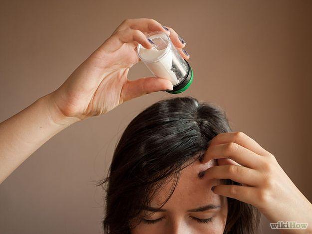 Aplique shampoo seco na noite anterior.   26 penteados estilosos para garotas preguiçosas
