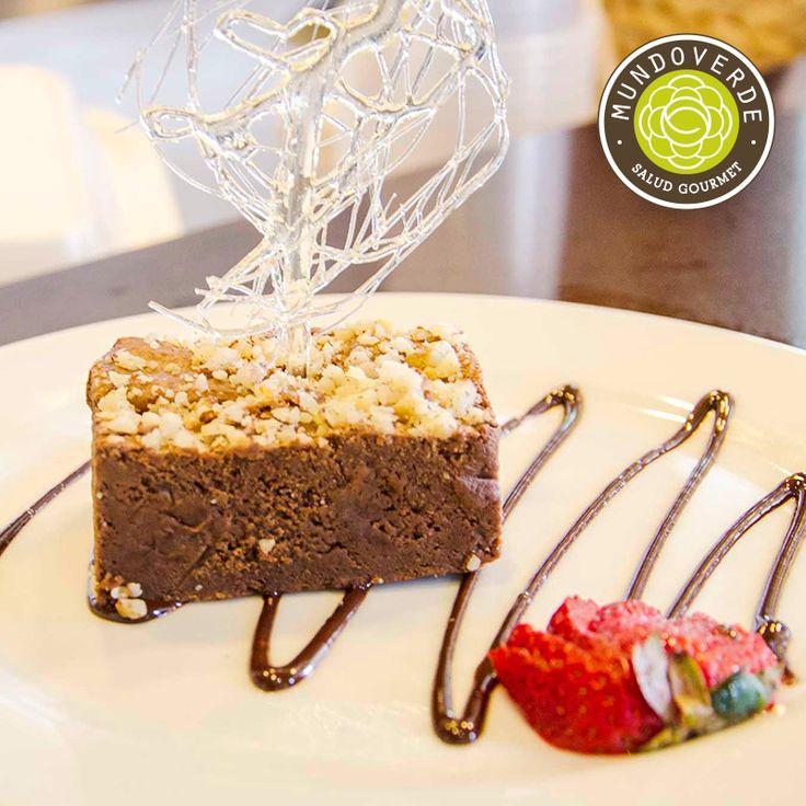 Se vale endulzar este último #Viernes de #Octubre y además #Halloween con nuestro delicioso #Brownie de fudge de #Chocolate #MundoVerde #RestaurantesMedellín