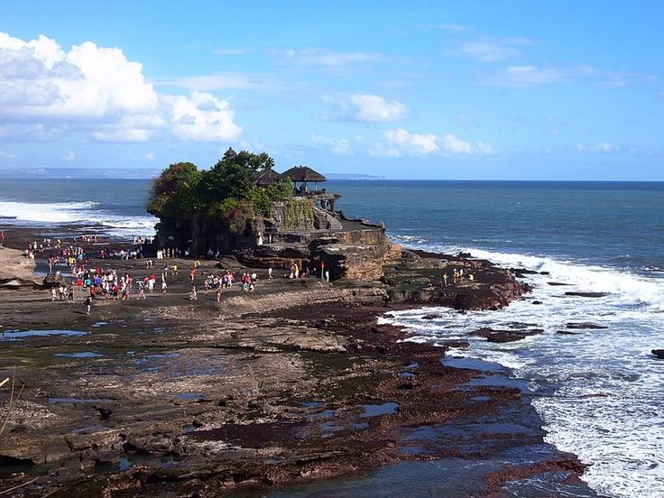 Tanah Lot temple in Bali. A beautiful place to pay tribute to the guardian spirits of the sea.