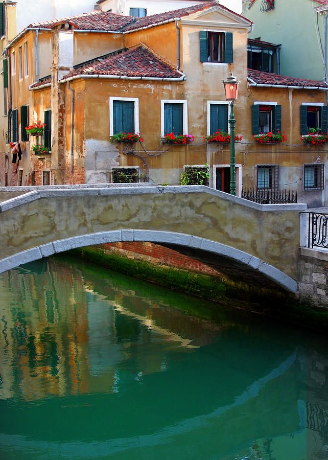 Ponte Madonna ,Venice Italy   - Explore the World with Travel Nerd Nici, one Country at a Time. http://TravelNerdNici.com