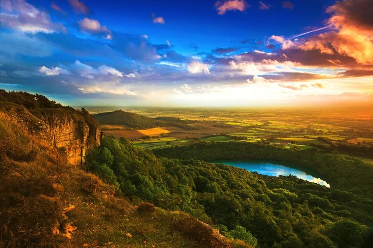 Yorkshire is renowned across the UK for tea, old fashioned no-nonsense charm, quaint English farm houses and rustic little villages. There are so many reas - The Rolling Hills Of Yorkshire... 11 Photos That Will Make You Want To Visit Yorkshire! - Travel, Travel Inspiration - England, Europe, United Kingdom, Yorkshire -Travel, Food and Home Inspiration Blog with door-to-door Travel Planner! - Travel Advice, Travel Inspiration, Home Inspiration, Food Inspiration, Recipes,