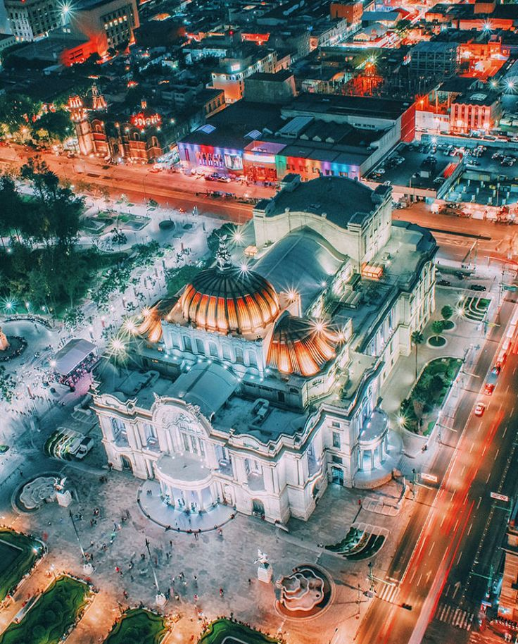 Mexico City: Shutter Speed (4 sec), Aperture (F/18), ISO (400)