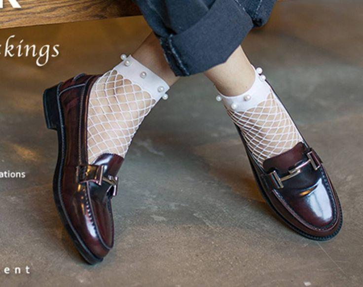 soquete com pérolas branquinha - meia-calça sem marca