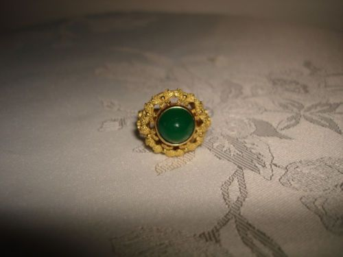 VINTAGE-COLLECTIBLE-UNIQUE-DOME-GREEN-JADE-18K-YELLOW-SOLID-GOLD-RING-SIZE-8