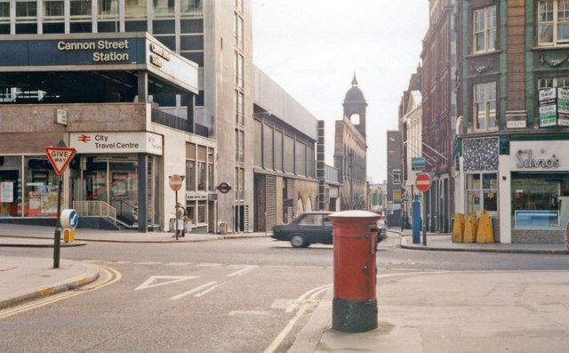 City of London on August Bank Holiday, 1983: towards Thames from by Cannon Street Station | Ben Brooksbank