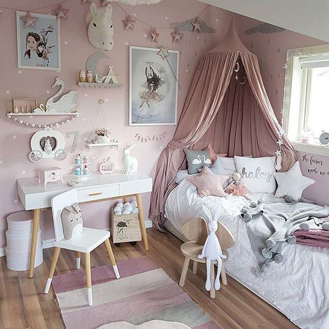 @mamma_malla - - - - - - @lirumlarumleg #lirumlarumleg #nofred #mousechair #sengehimmel #numero74 #stjernepute #teppe #sponsoredbysebra @linnwold #linnwoldminiature #poster #scandinaviandesign #mrsmighetto @thatsmine.dk #thatsminedk #bokhylle #shelfie #littlegreyse #barnrum #barnerom #børneværelse #kidsroomdecor #kidsroom #brigbys #girlsroom #jenterom #princess #pink #nursery #nurserydecor #kidsstyle #fashion