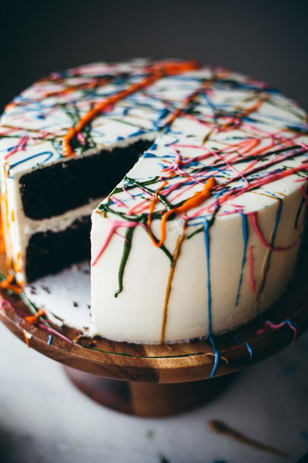 Pull a Jackson Pollock and splatter-paint the top of a cake with frosting. | 28 Deceptively Easy Ways To Turn A Cake Into A Work Of Art