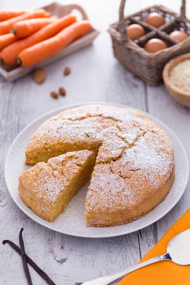Semplice, golosa e perfetta per ogni occasione: ecco la nostra #torta di carote! #Giallozafferano #recipe #ricetta #cake #sweet