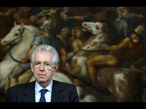 Nel corso di una videoconferenza con l'Associazione di Fondazioni e di Casse di Risparmio Italiane, il Presidente del Consiglio dei Ministri Mario Monti sarebbe tornato sui temi caldi dell'attualità politica e finanziaria.