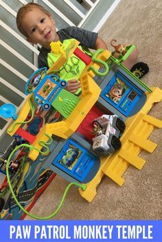 Paw Patrol Monkey Temple Playset Toy - Jungle Rescue Paw Patrol Toys!  INCLUDES TRACKER!