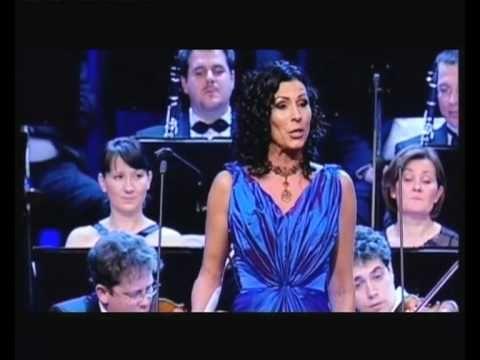 Erika Miklósa - Rossini: Il barbiere di Siviglia - Una voce poco fa - Rosina's aria - 2010 - YouTube