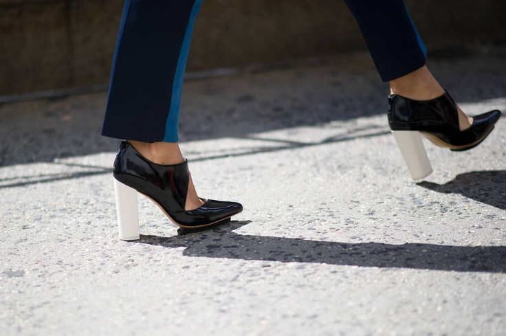 Street Style From New York Fashion Week, Day Five - The Cut: Fashion Weeks, New York Fashion Week, 3 1 Streetstyle, Street Styles, Cut Fashion, Style Nyfw, Cut Outs, Shoes Shoes