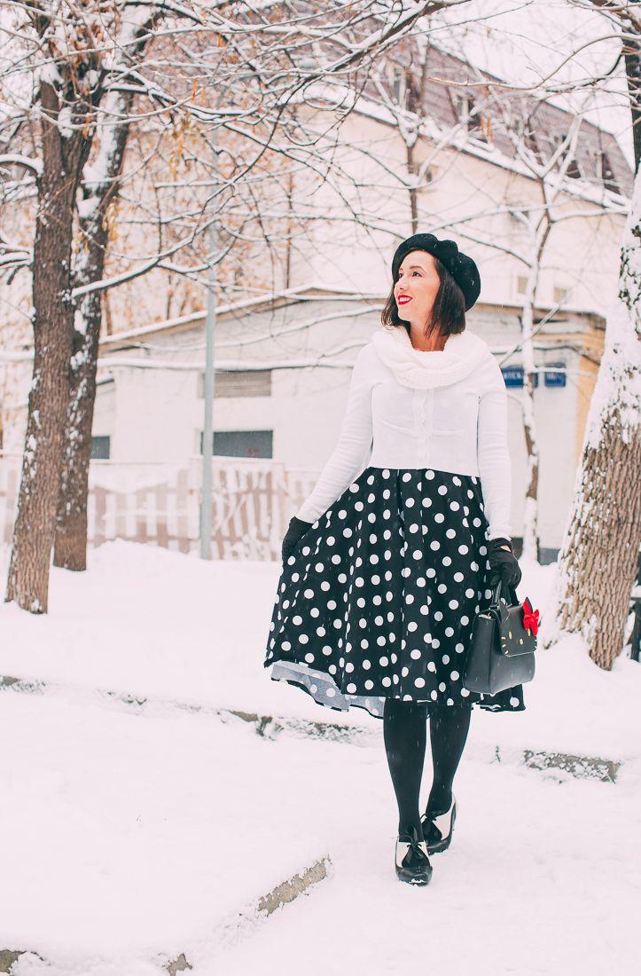 Wearing A Summer Swing Dress In A Winter Wonderland Summer Swing Dresses Autumn Fashion Women Fashion [ 1100 x 723 Pixel ]