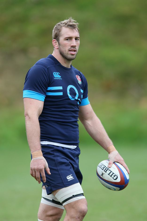 But Chris is also lovely and I could totally kick it with him and be his backdoor, behind-the-scenes boo. | Why Chris Robshaw Is The Ryan Gosling Of Rugby