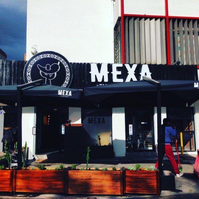 Mexa, Avenida Vitacura.