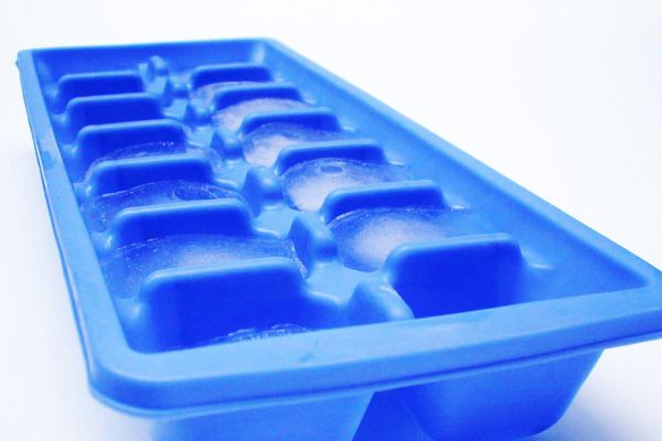 Rub an ice cube over your face each night to minimize pores and prevent acne and wrinkles