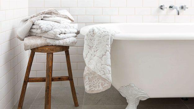 Bath tub for bathroom 1